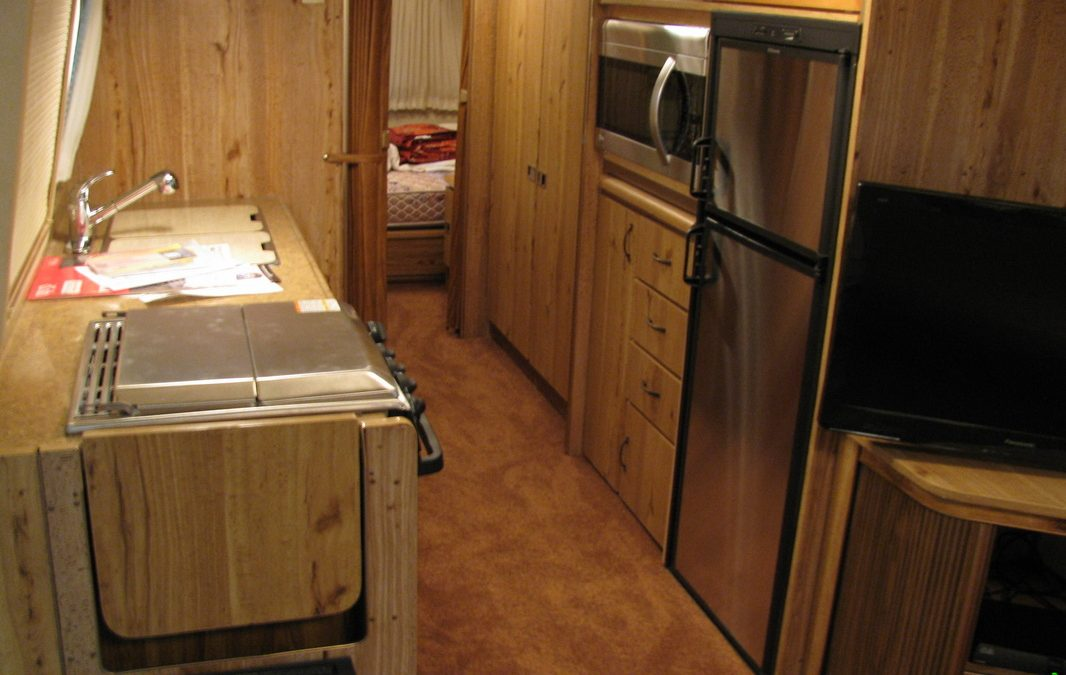 1983 Excella Airstream Interior Customization