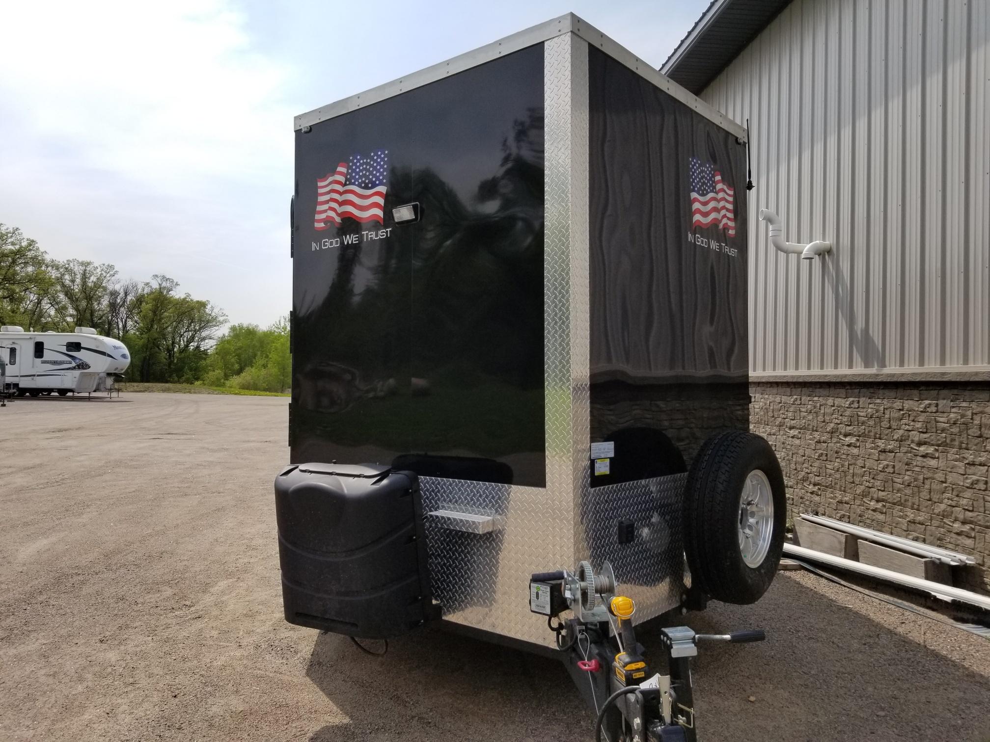 Campers For Sale In Mn >> ALASKAN ELITE, POLAR CRIB FISH HOUSE - ALL Campers - Camper Service, Repair & Customization ...